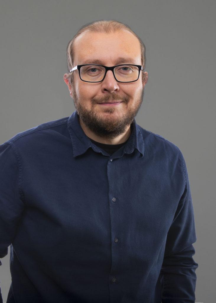 Antti Koivukangas, kommunikatör
